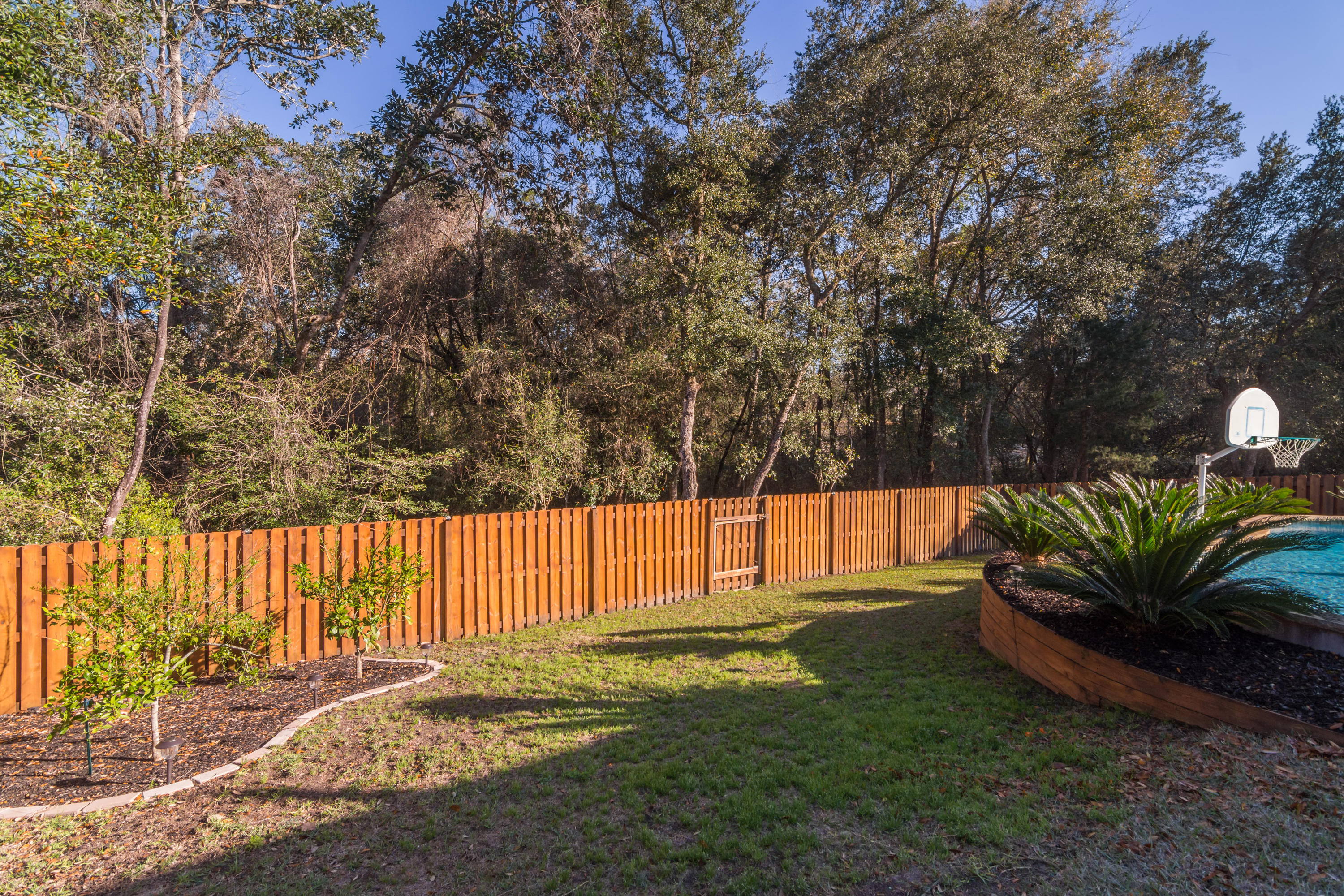 Photo of home for sale at 195 Gracie, Niceville FL