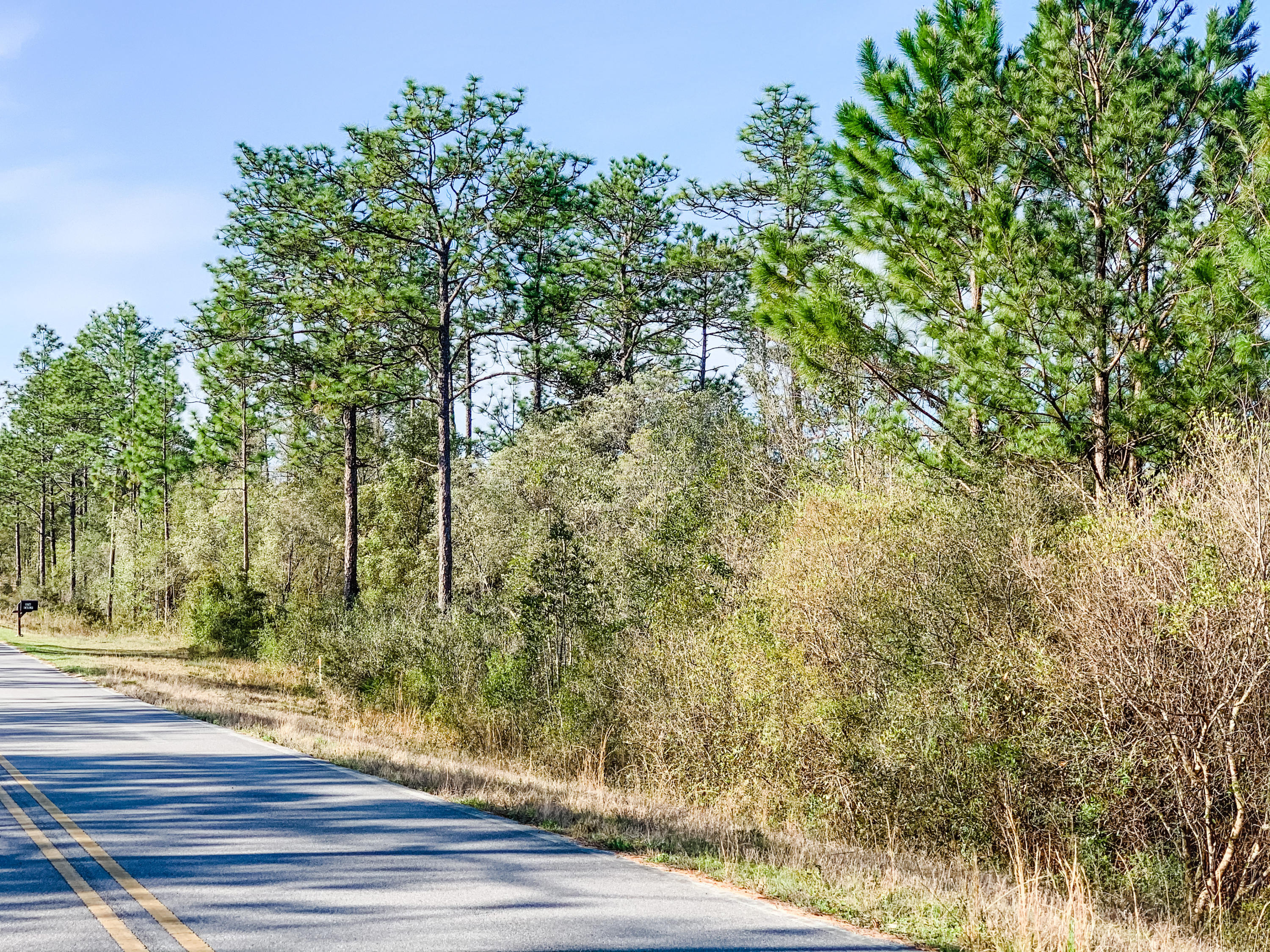Photo of home for sale at Lot 96 Blue Ridge, Defuniak Springs FL