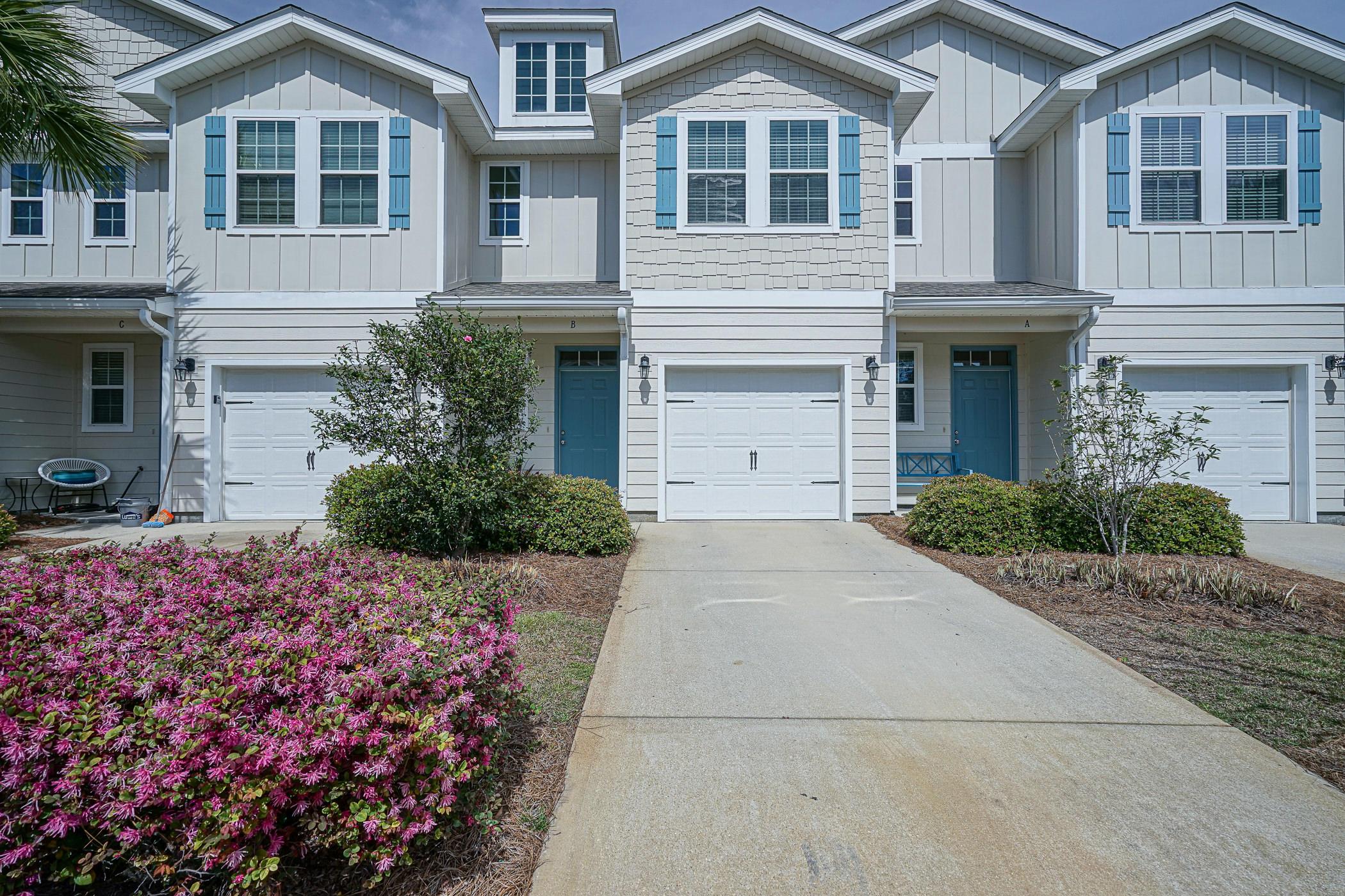 Photo of home for sale at 19 Shady Oaks, Santa Rosa Beach FL