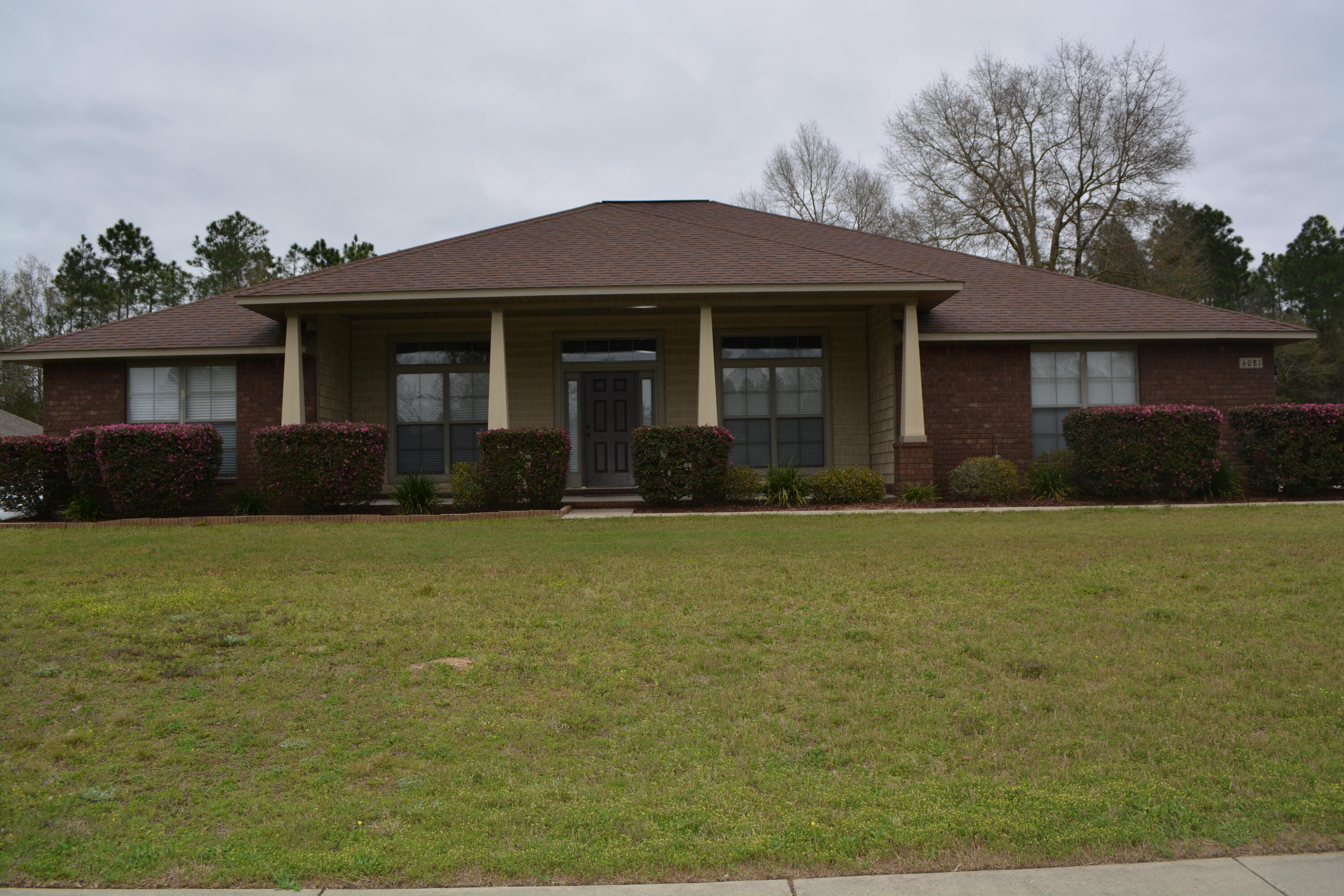 Photo of home for sale at 6081 Dragonfly, Crestview FL
