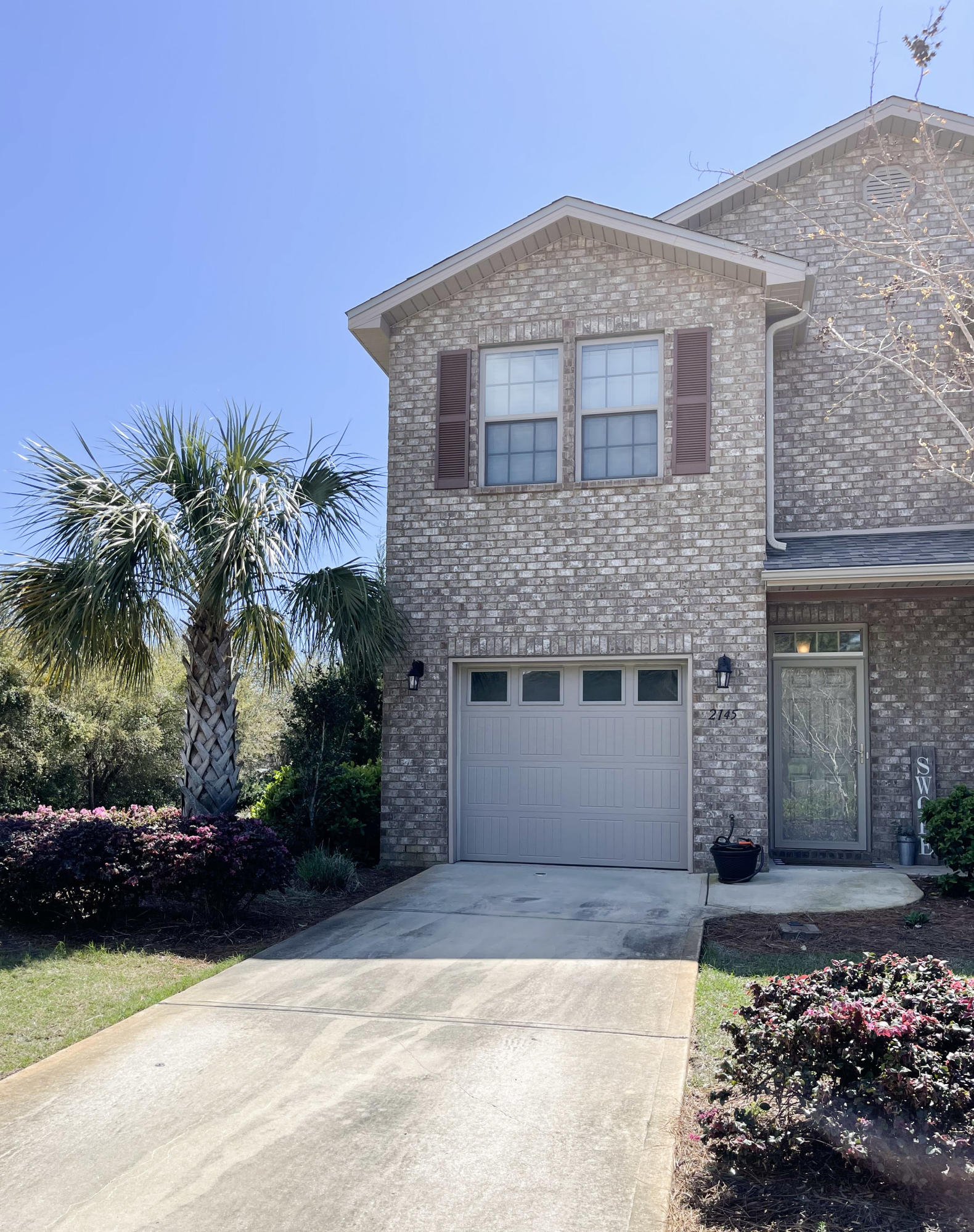 Photo of home for sale at 2145 Wilsons Plover, Navarre FL