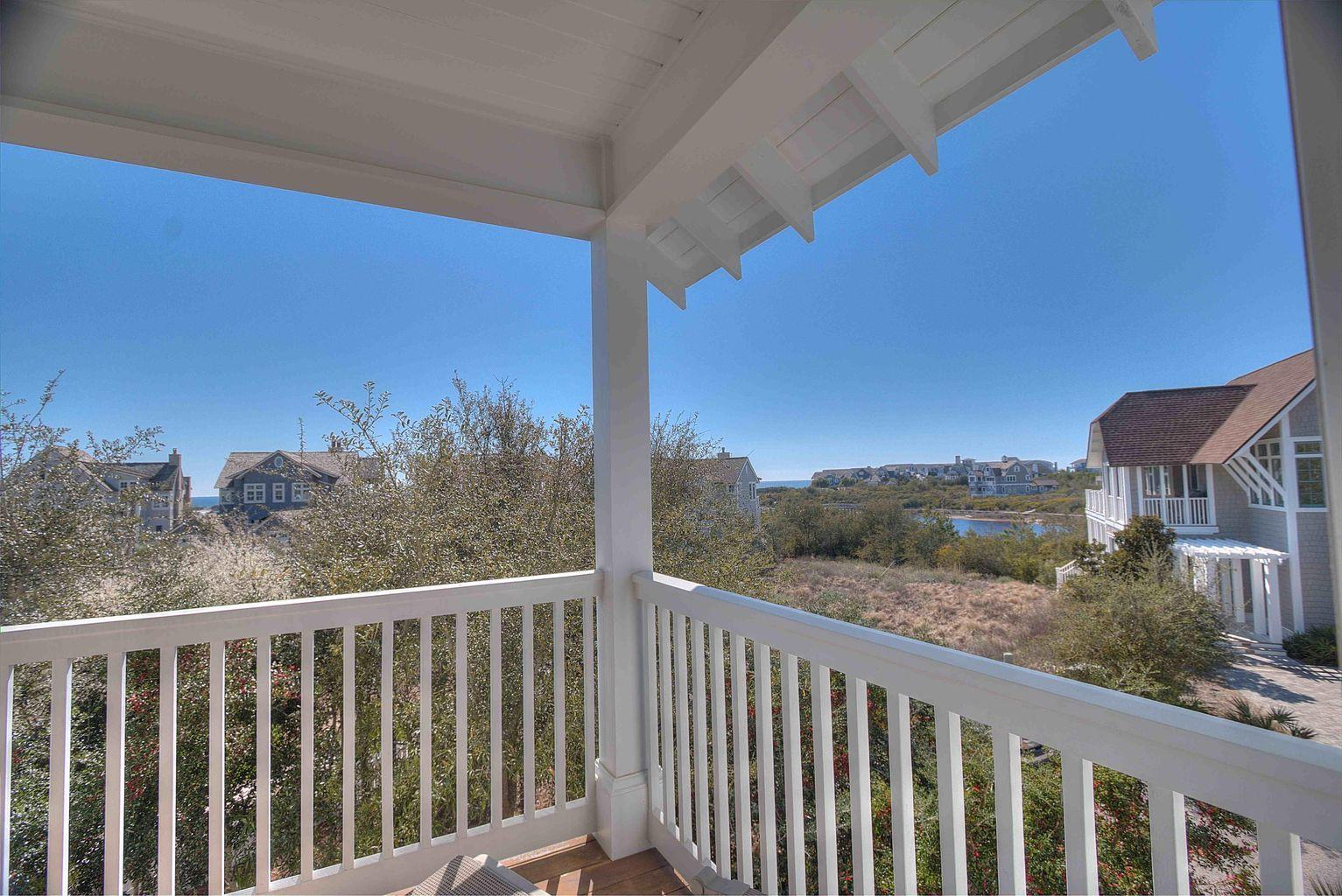 Photo of home for sale at 55 Coast Bridge, Inlet Beach FL