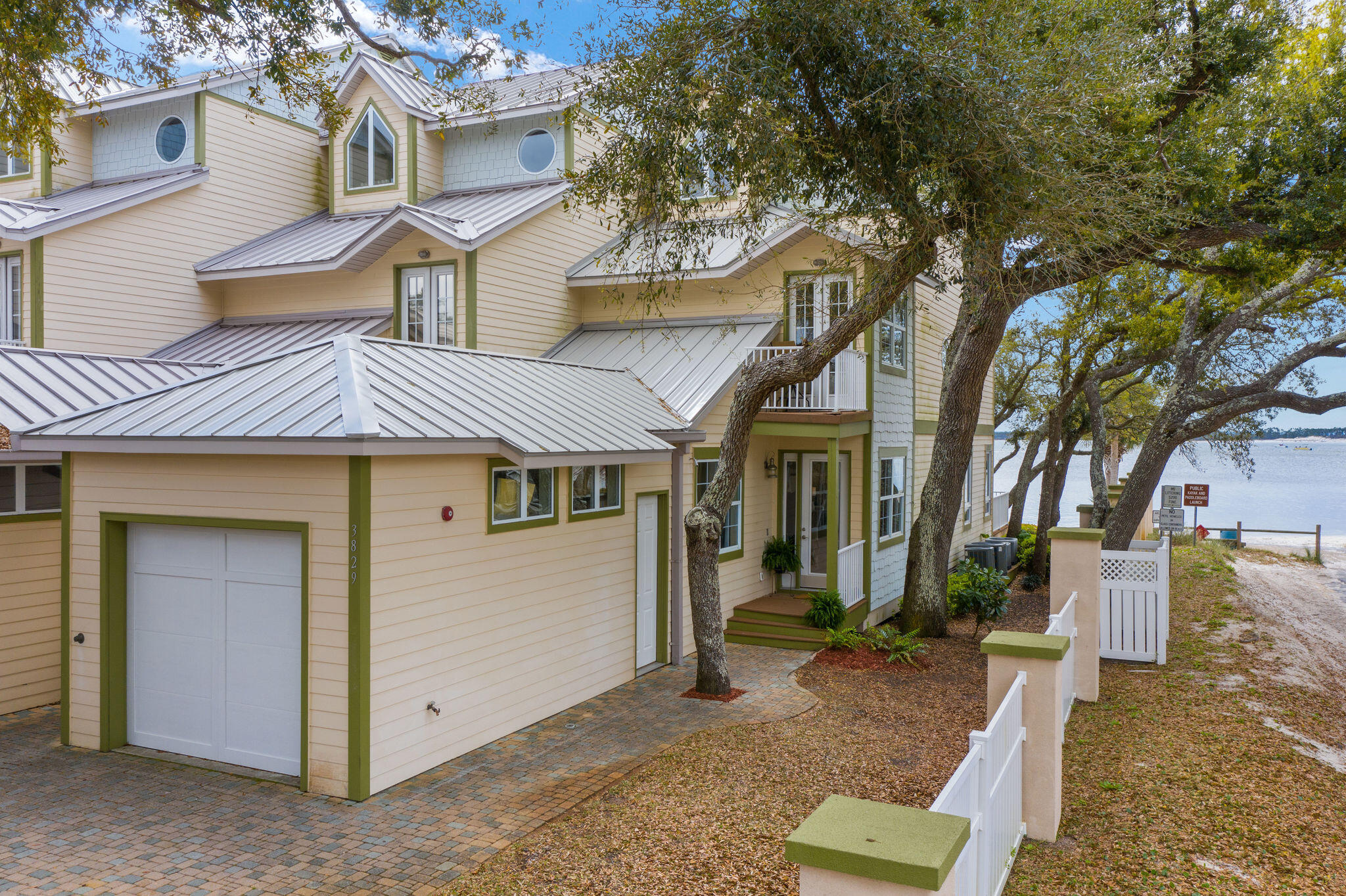 Photo of home for sale at 3829 Mariner, Panama City Beach FL