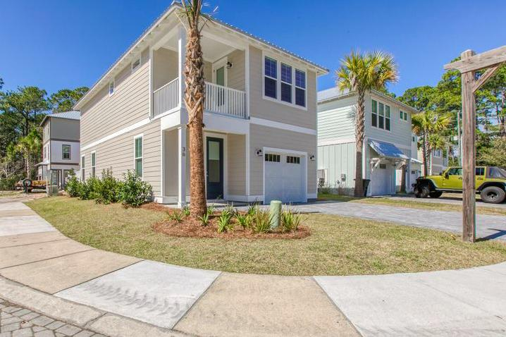 Photo of home for sale at 36 Lighthouse Pointe, Santa Rosa Beach FL
