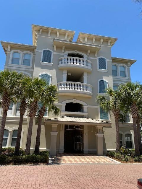 Photo of home for sale at 35 Seacrest, Inlet Beach FL