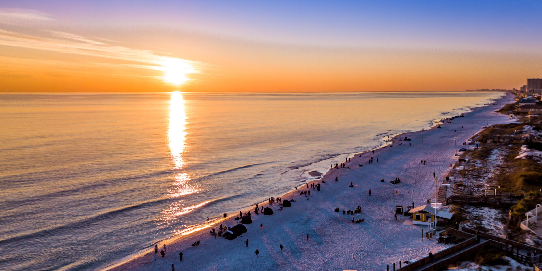 Photo of home for sale at 4243 Beachside Two, Miramar Beach FL