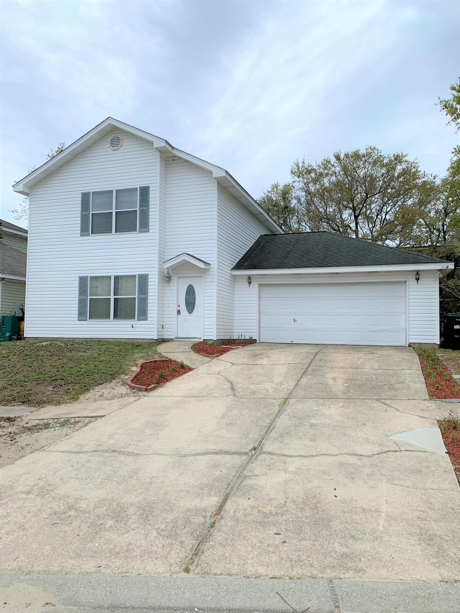 Photo of home for sale at 248 Bent Arrow, Destin FL