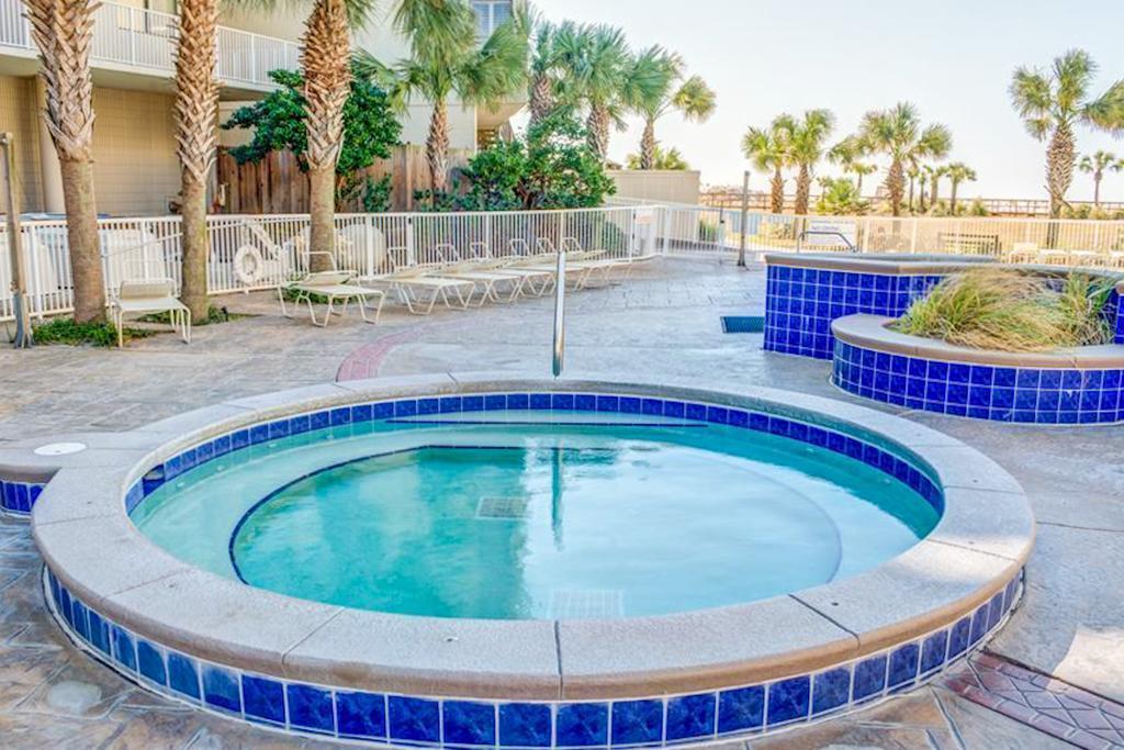 Photo of home for sale at 114 Main Sail, Miramar Beach FL