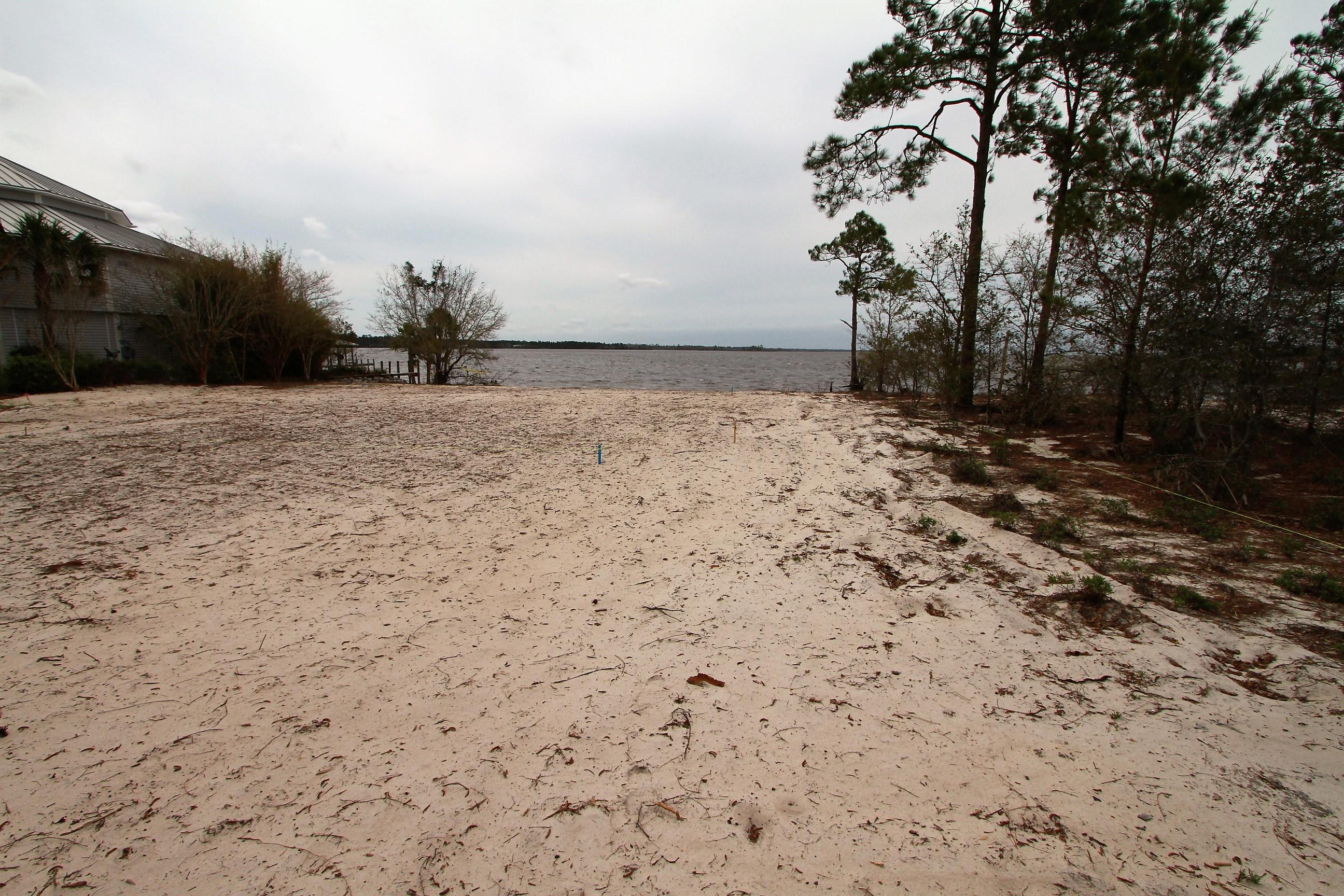 Photo of home for sale at 7849 Petersen Point, Milton FL