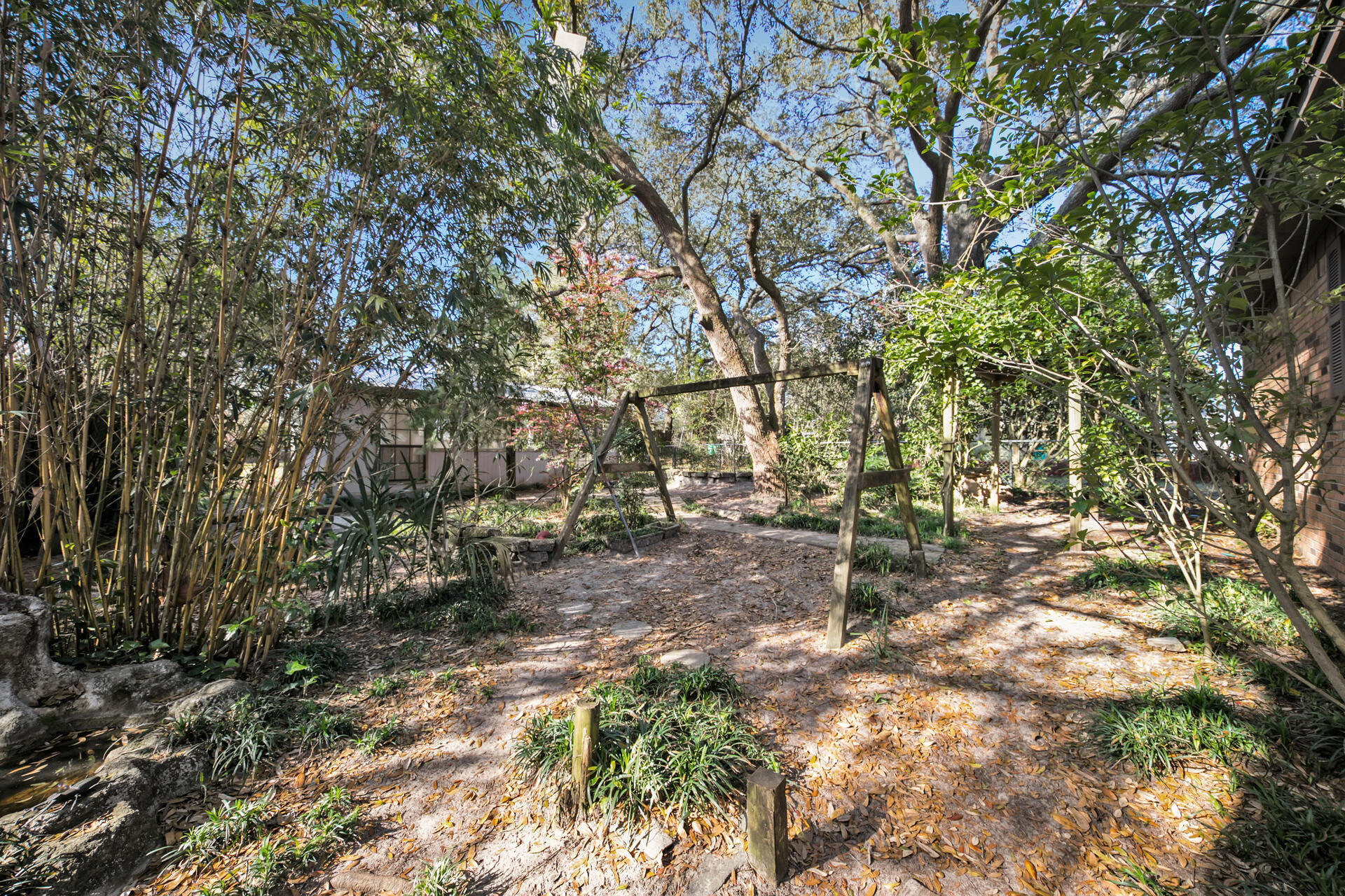 Photo of home for sale at 522 Fir, Niceville FL