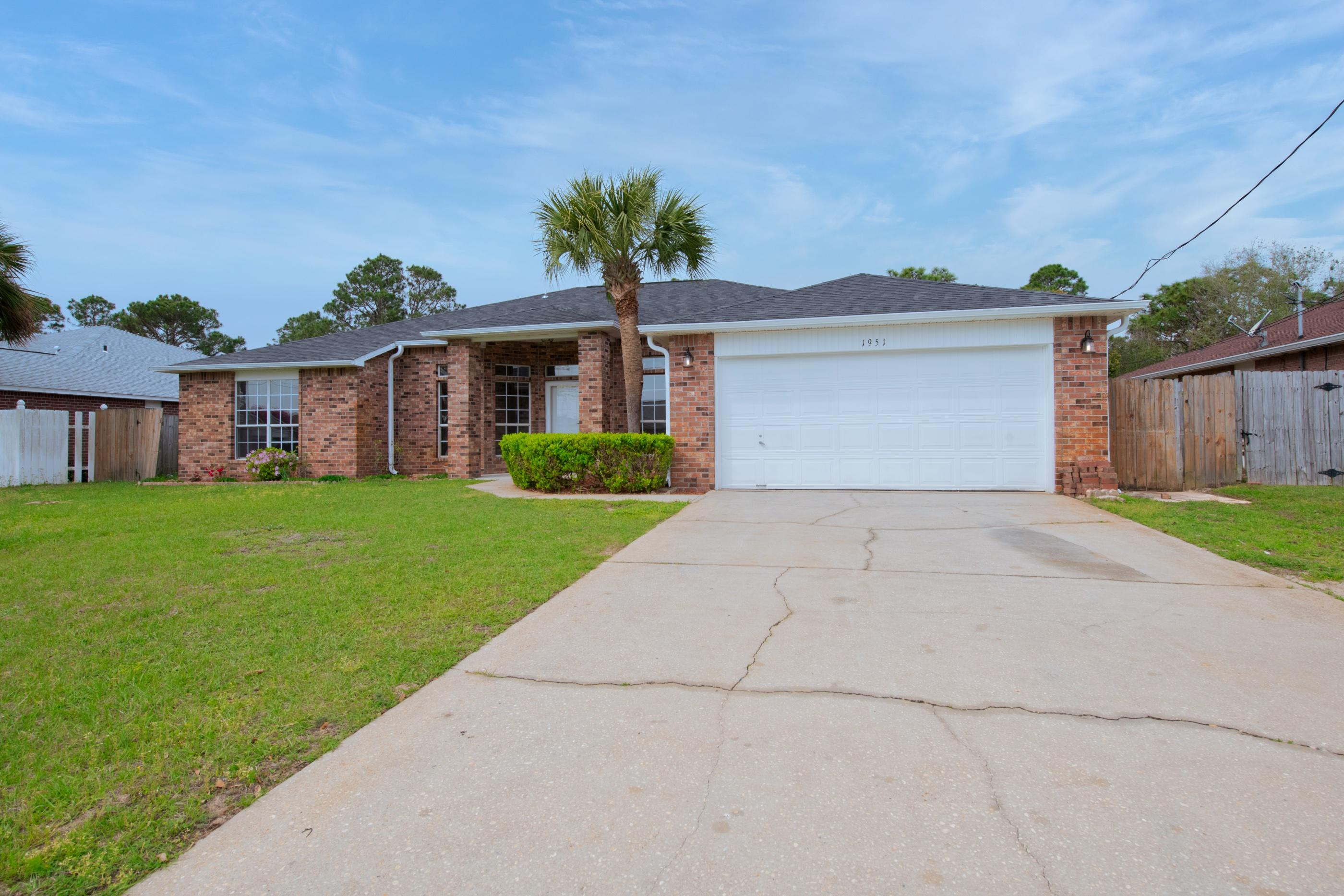 Photo of home for sale at 1951 Alfred, Navarre FL