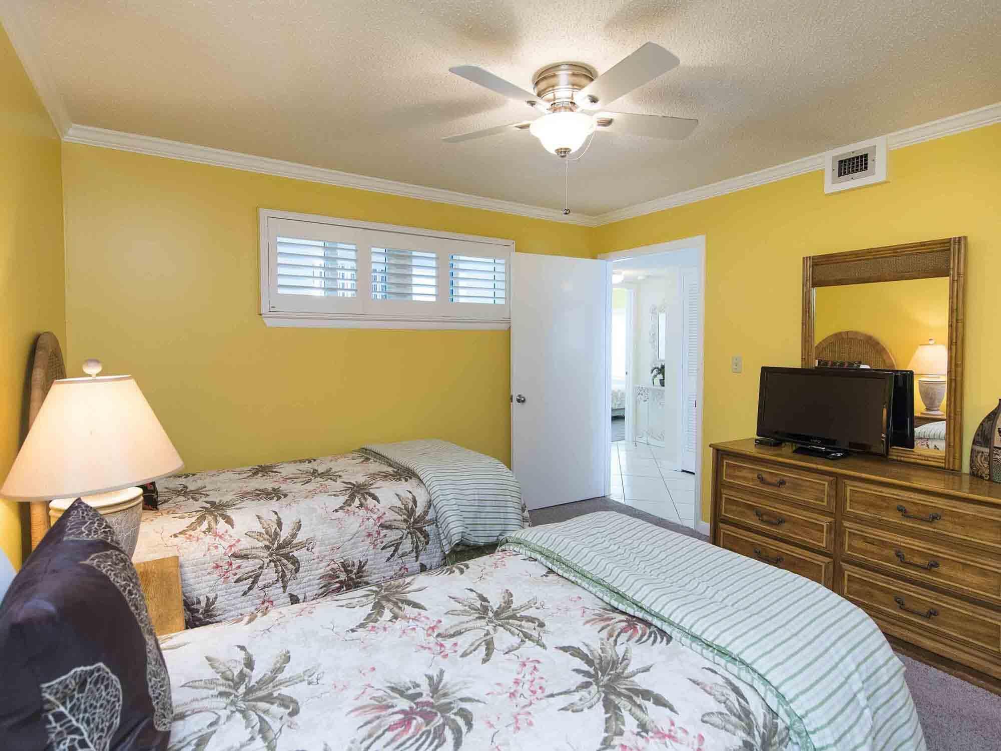 Photo of home for sale at 1114 Santa Rosa, Fort Walton Beach FL