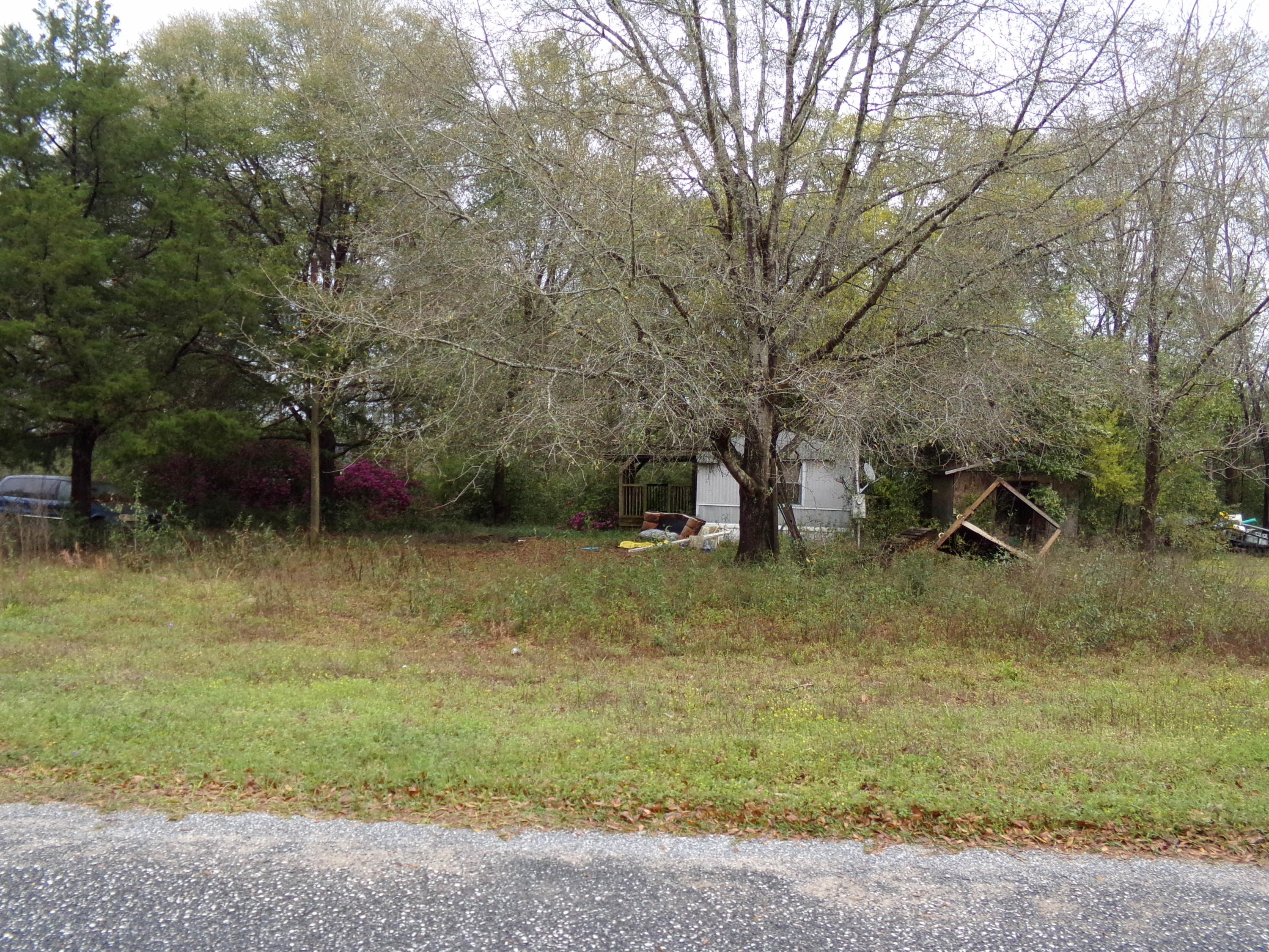 Photo of home for sale at 6441 Florida, Crestview FL