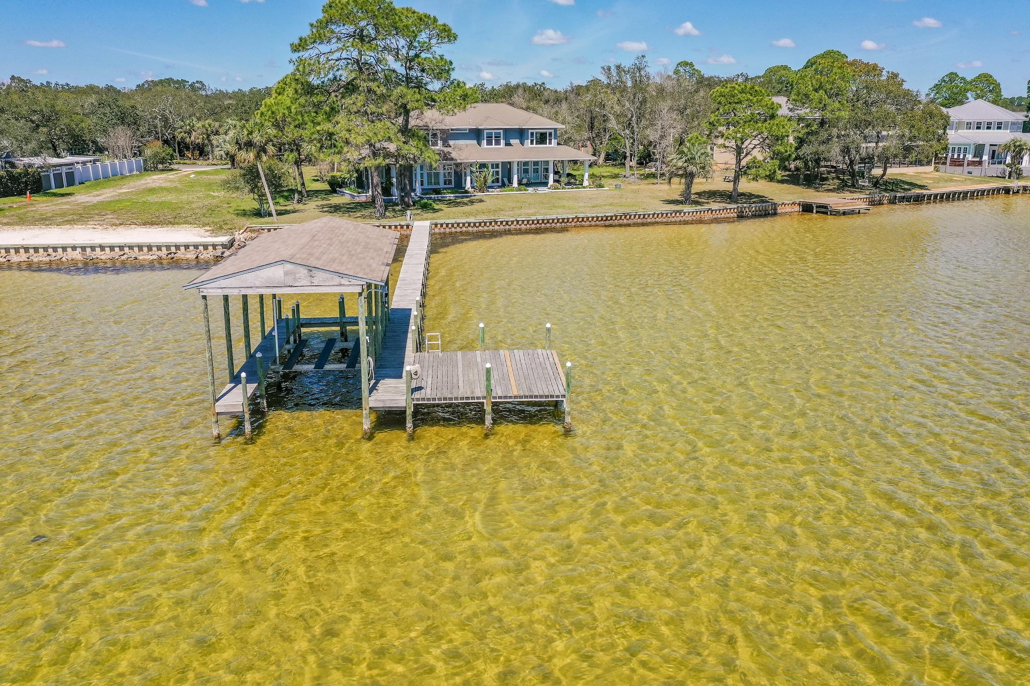 Photo of home for sale at 15 Paradise Point, Shalimar FL