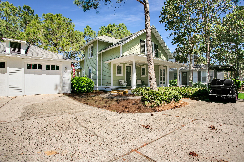 Photo of home for sale at 1347 Ravens Run E, Miramar Beach FL