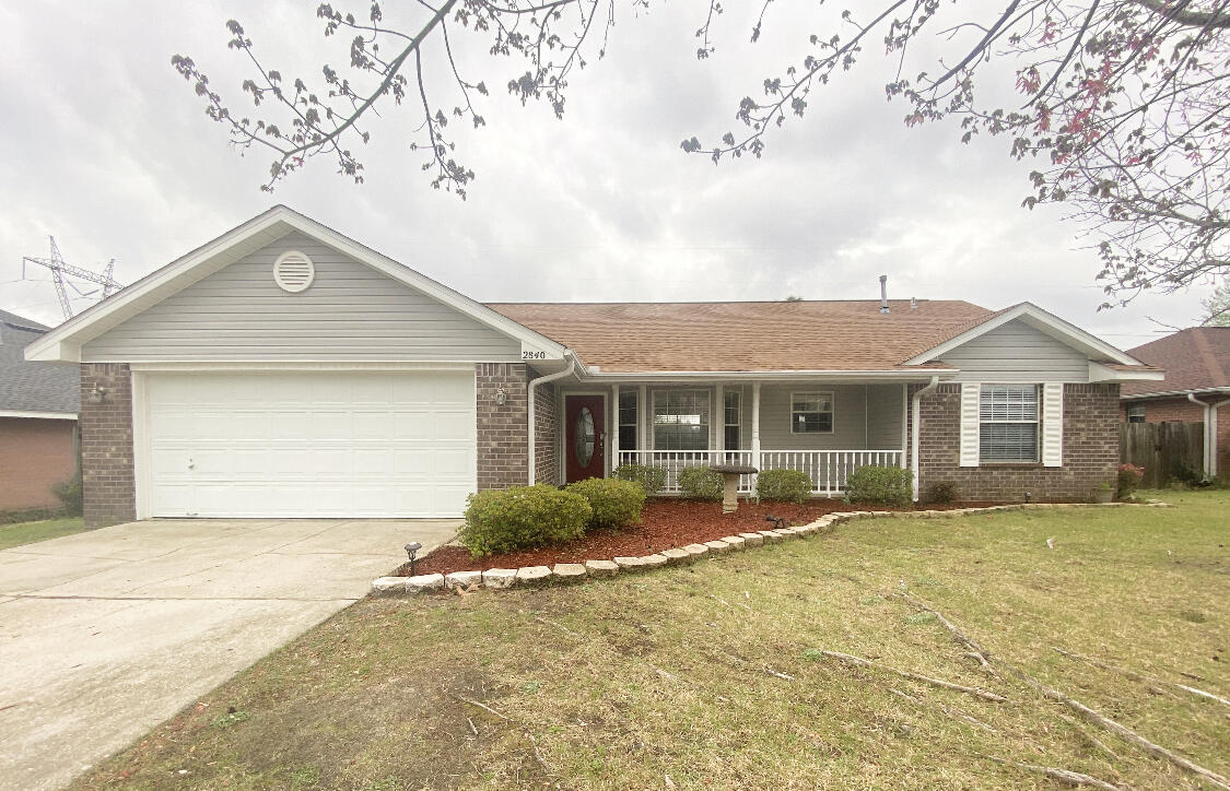 Photo of home for sale at 2840 Atoka, Crestview FL