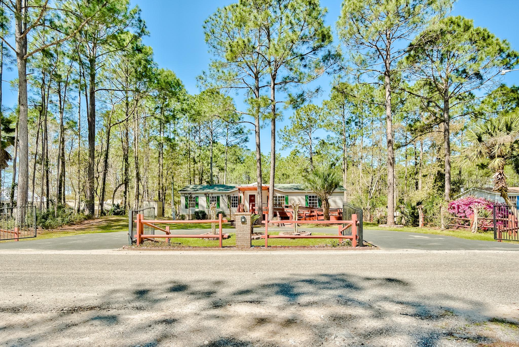 Photo of home for sale at 37 Holly Pines, Santa Rosa Beach FL