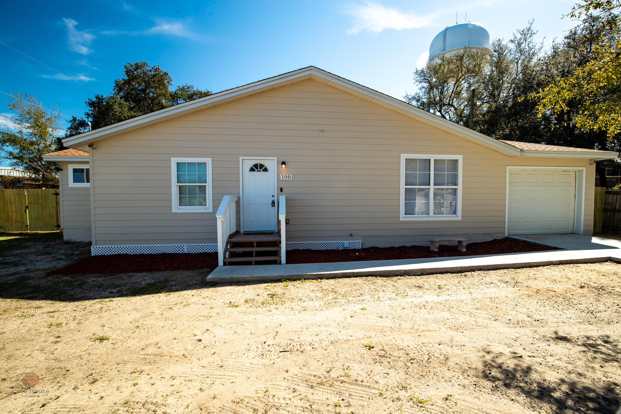 Photo of home for sale at 100 King, Fort Walton Beach FL