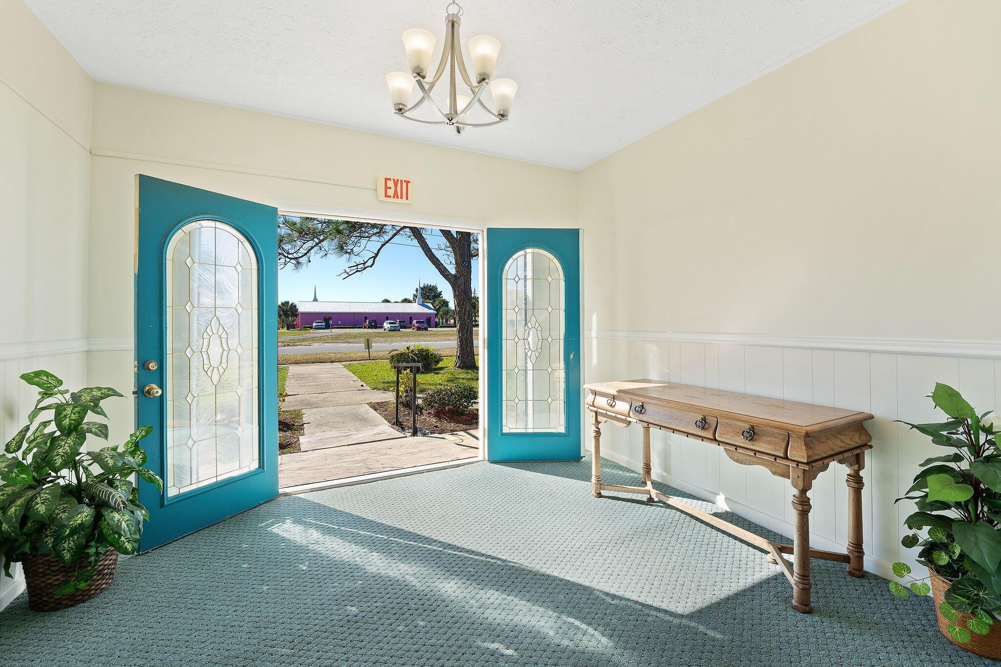 Photo of home for sale at 17012 Hernando, Panama City Beach FL