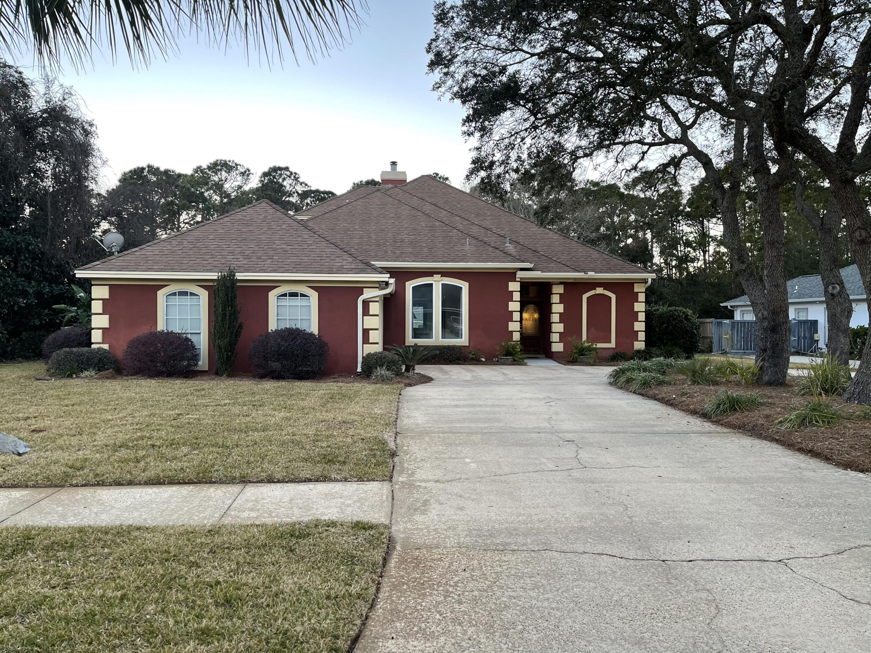 Photo of home for sale at 45 Indian Bayou, Destin FL