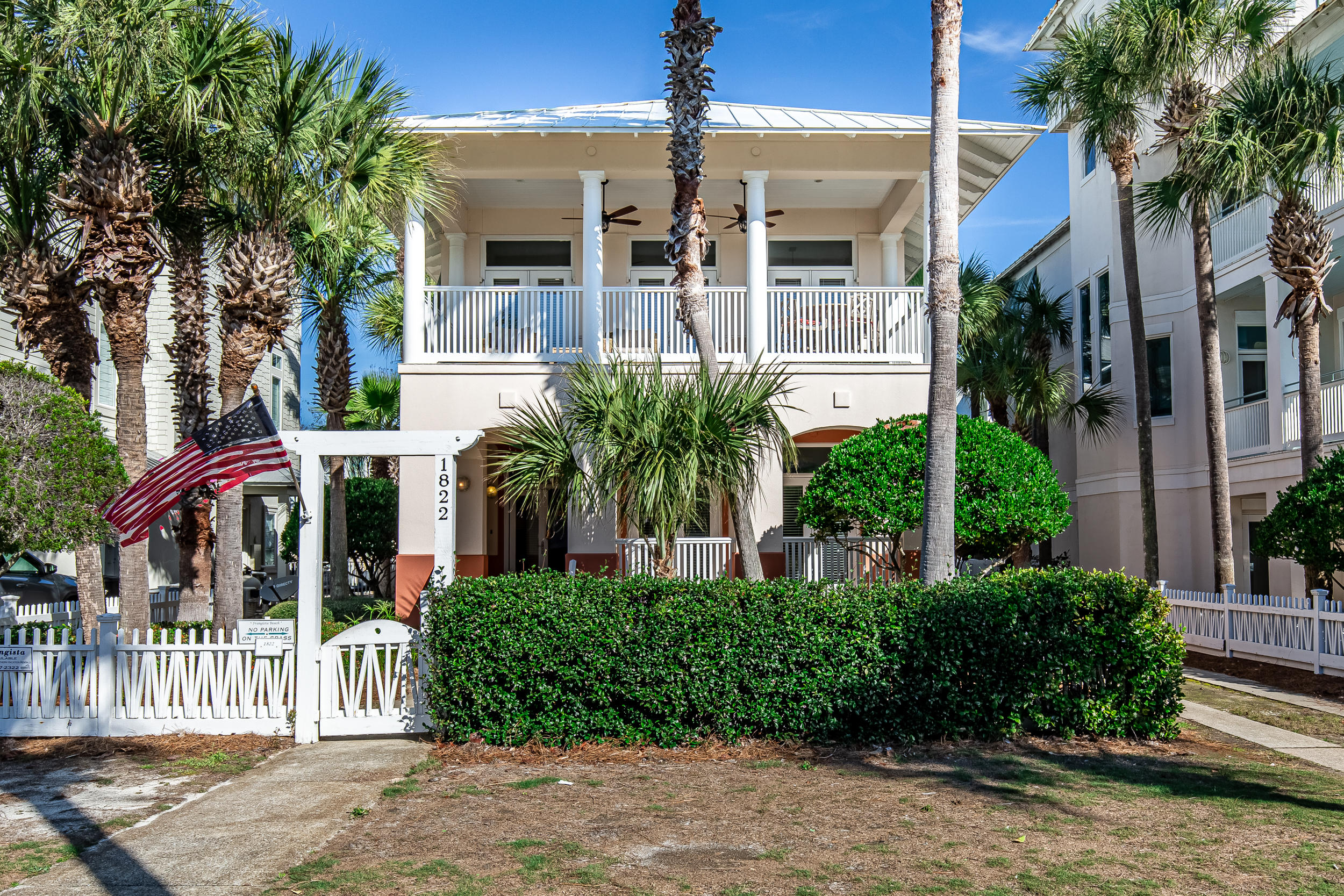Photo of home for sale at 1822 Scenic Gulf, Miramar Beach FL