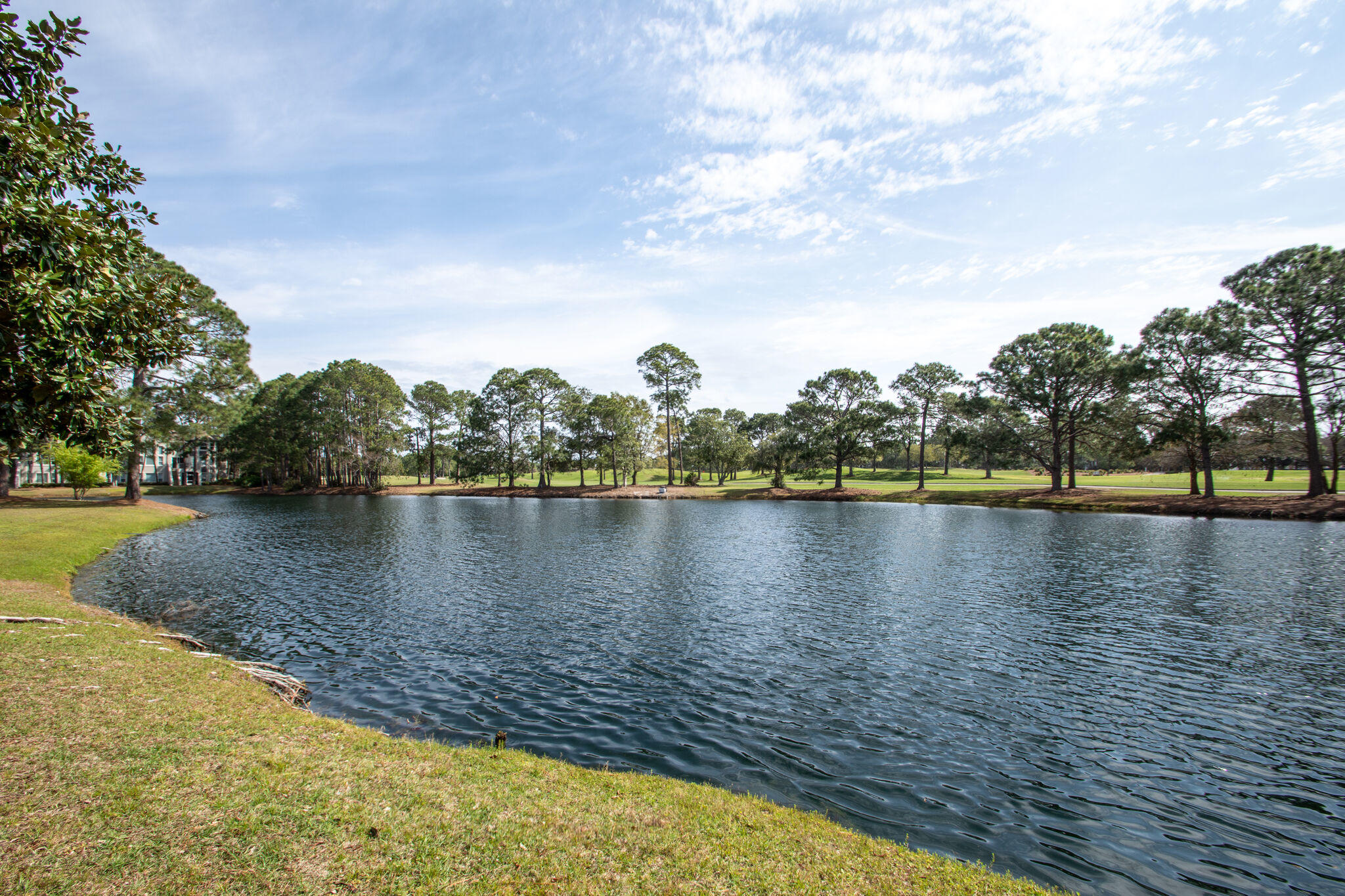 Photo of home for sale at 8546 Turnberry, Miramar Beach FL