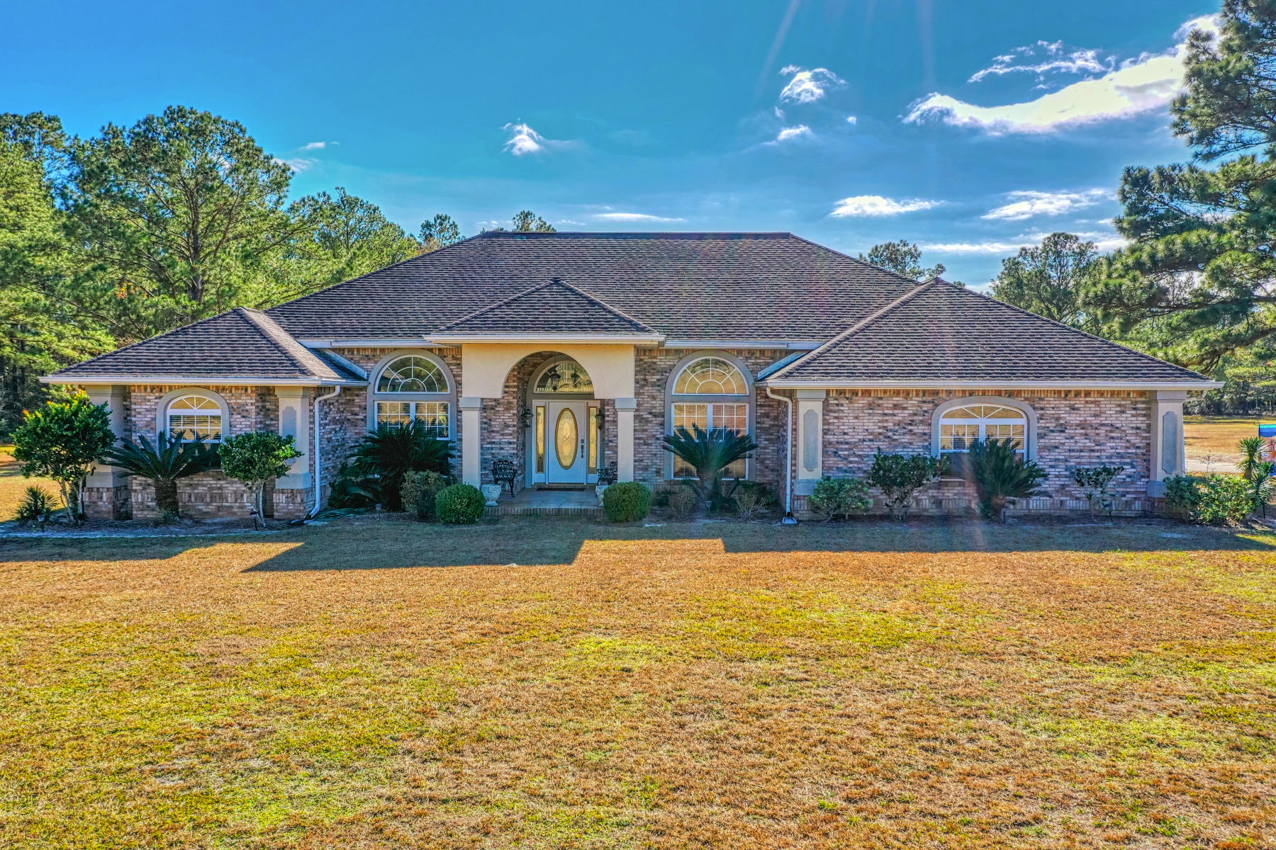 Photo of home for sale at 4196 State Highway 20, Freeport FL