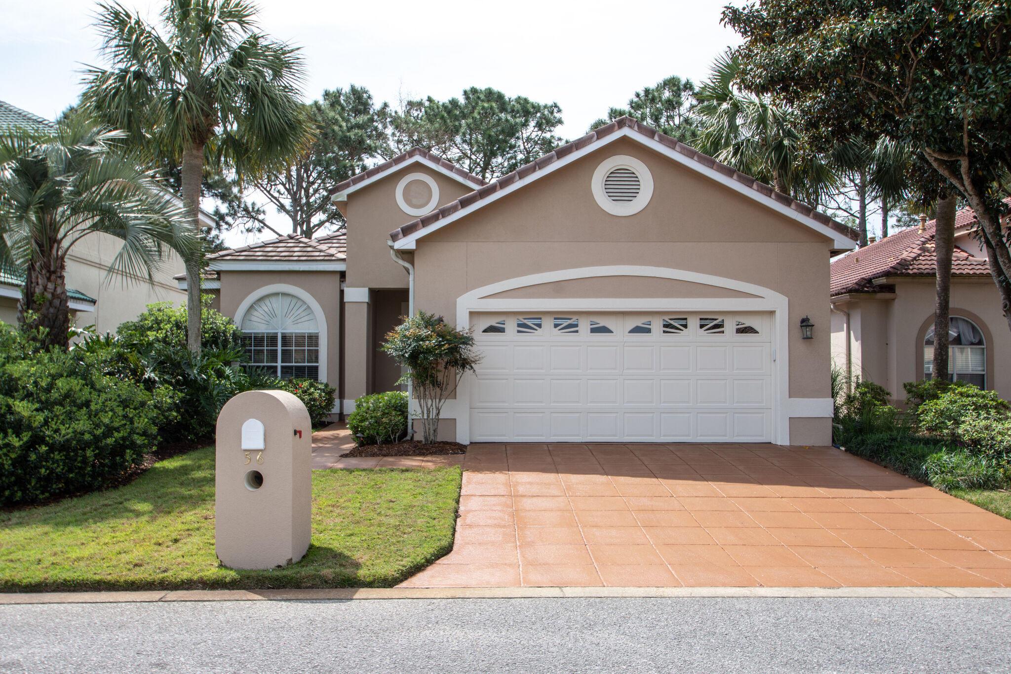 Photo of home for sale at 56 Indigo, Miramar Beach FL