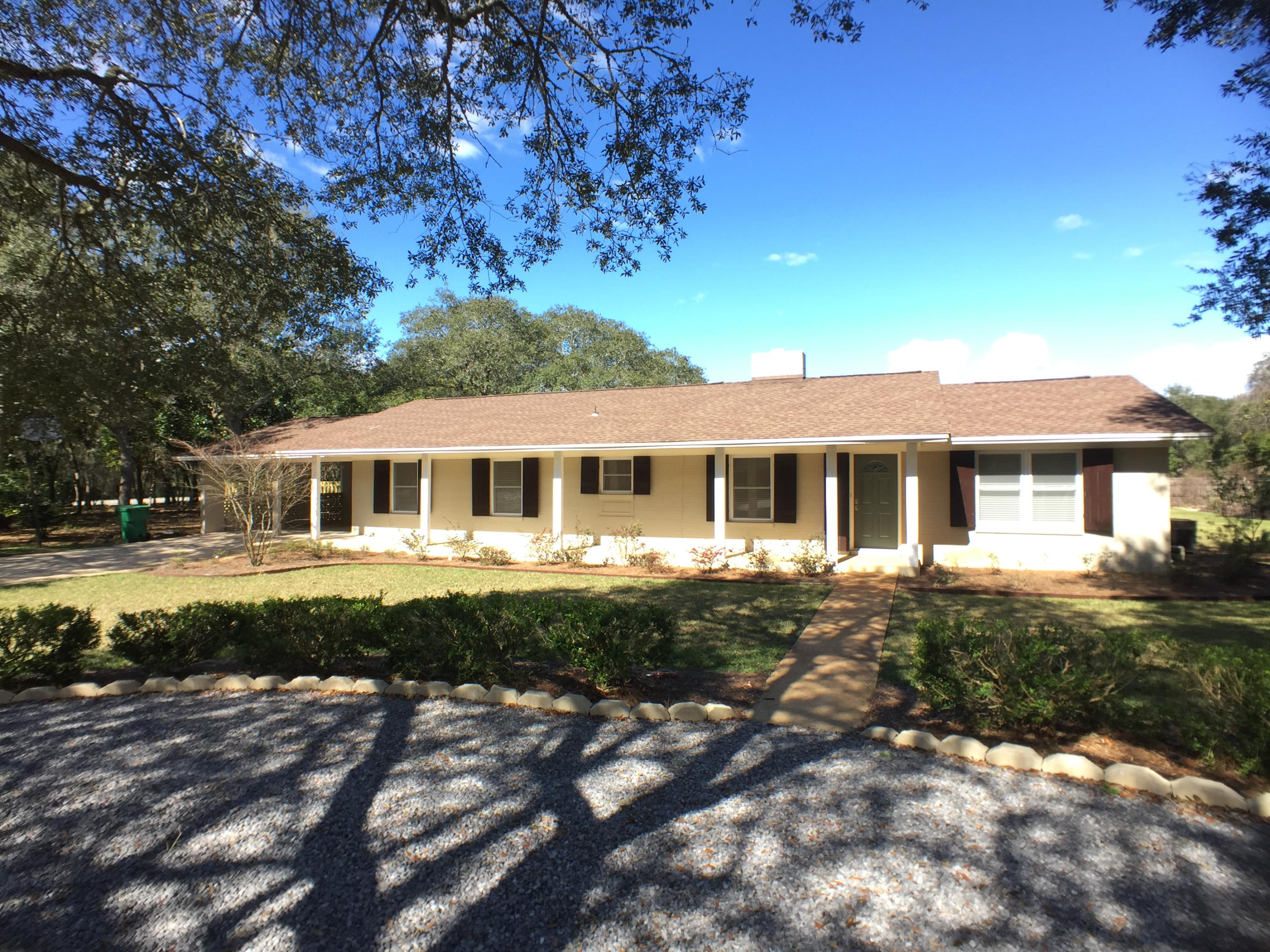 Photo of home for sale at 701 Planet, Destin FL