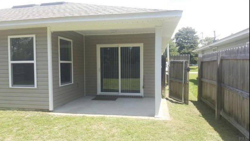 Photo of home for sale at 8251 Sierra, Navarre FL