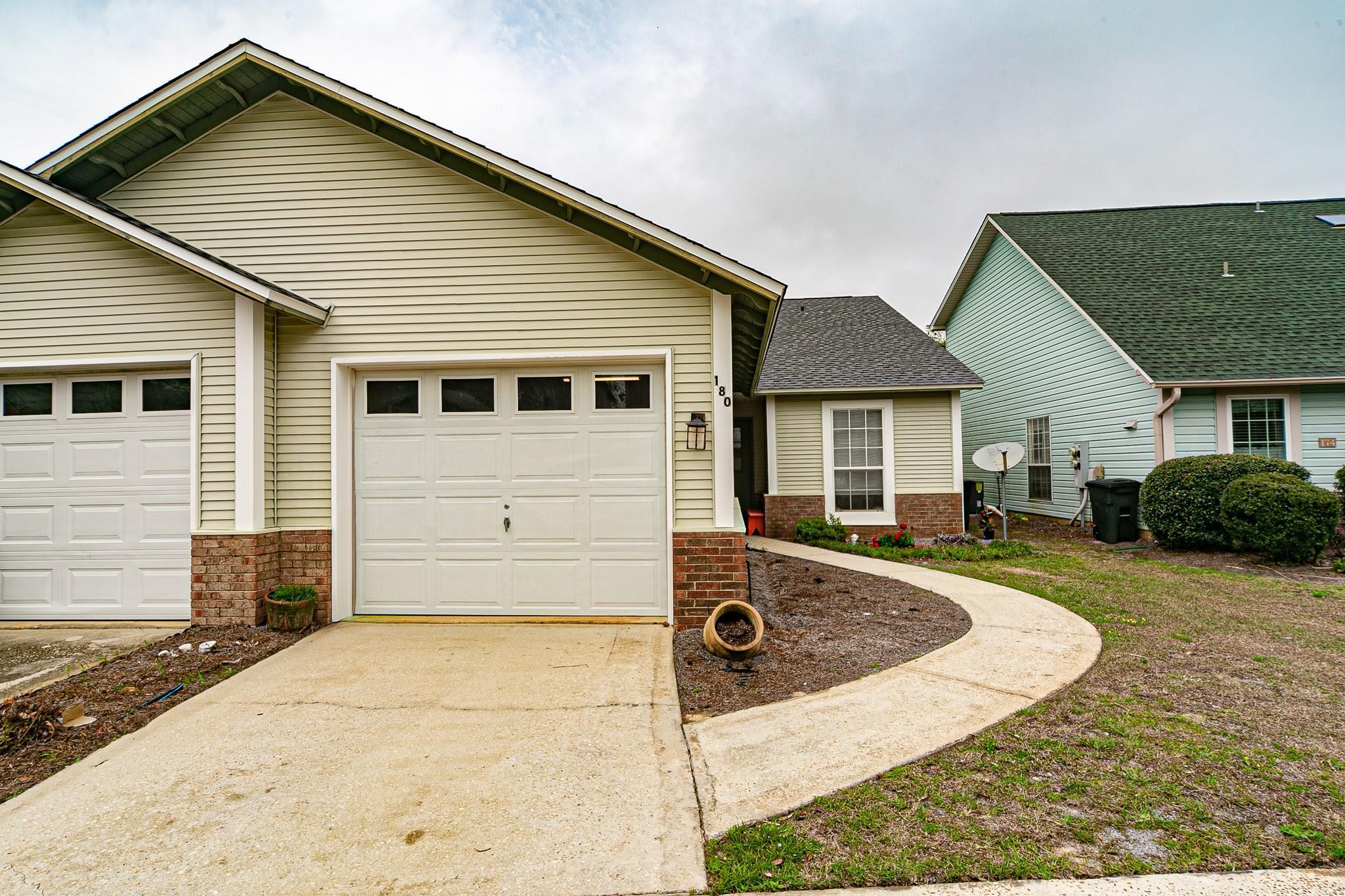 Photo of home for sale at 180 Via Largo, Santa Rosa Beach FL