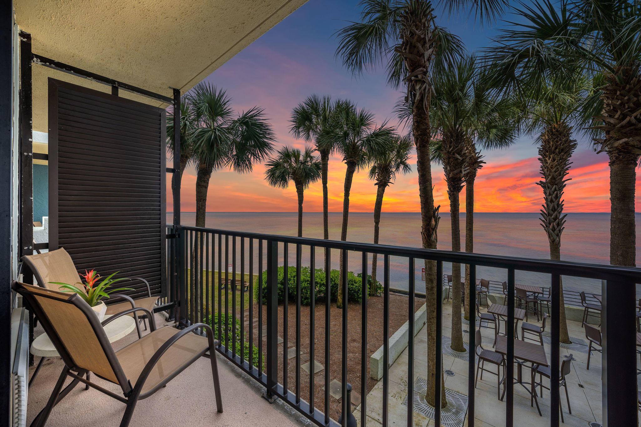 Photo of home for sale at 200 Sandestin, Miramar Beach FL