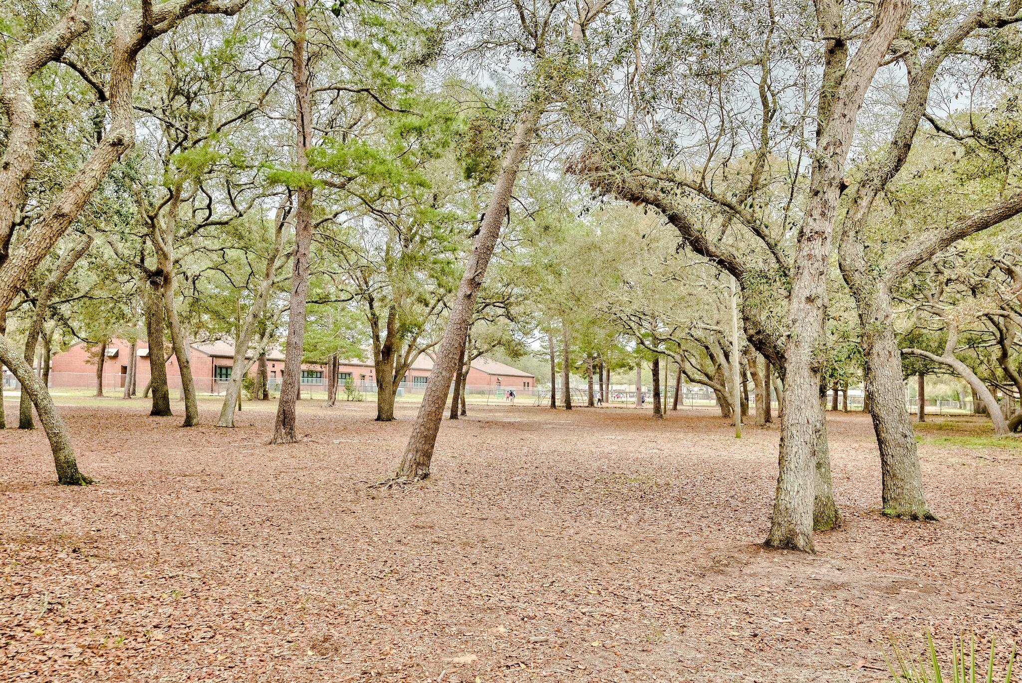 Photo of home for sale at 633 Merioneth, Fort Walton Beach FL