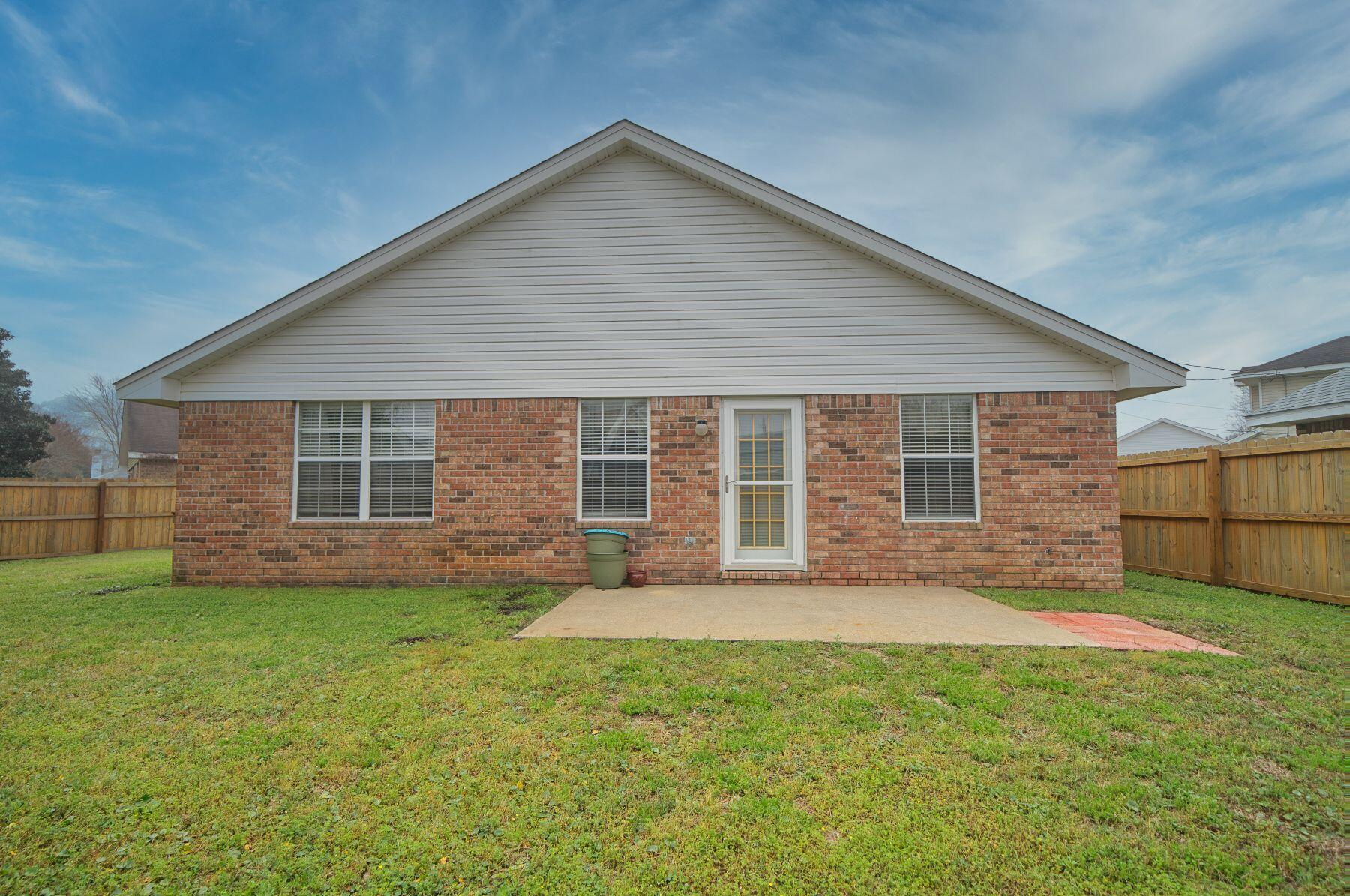 Photo of home for sale at 356 Currant, Mary Esther FL