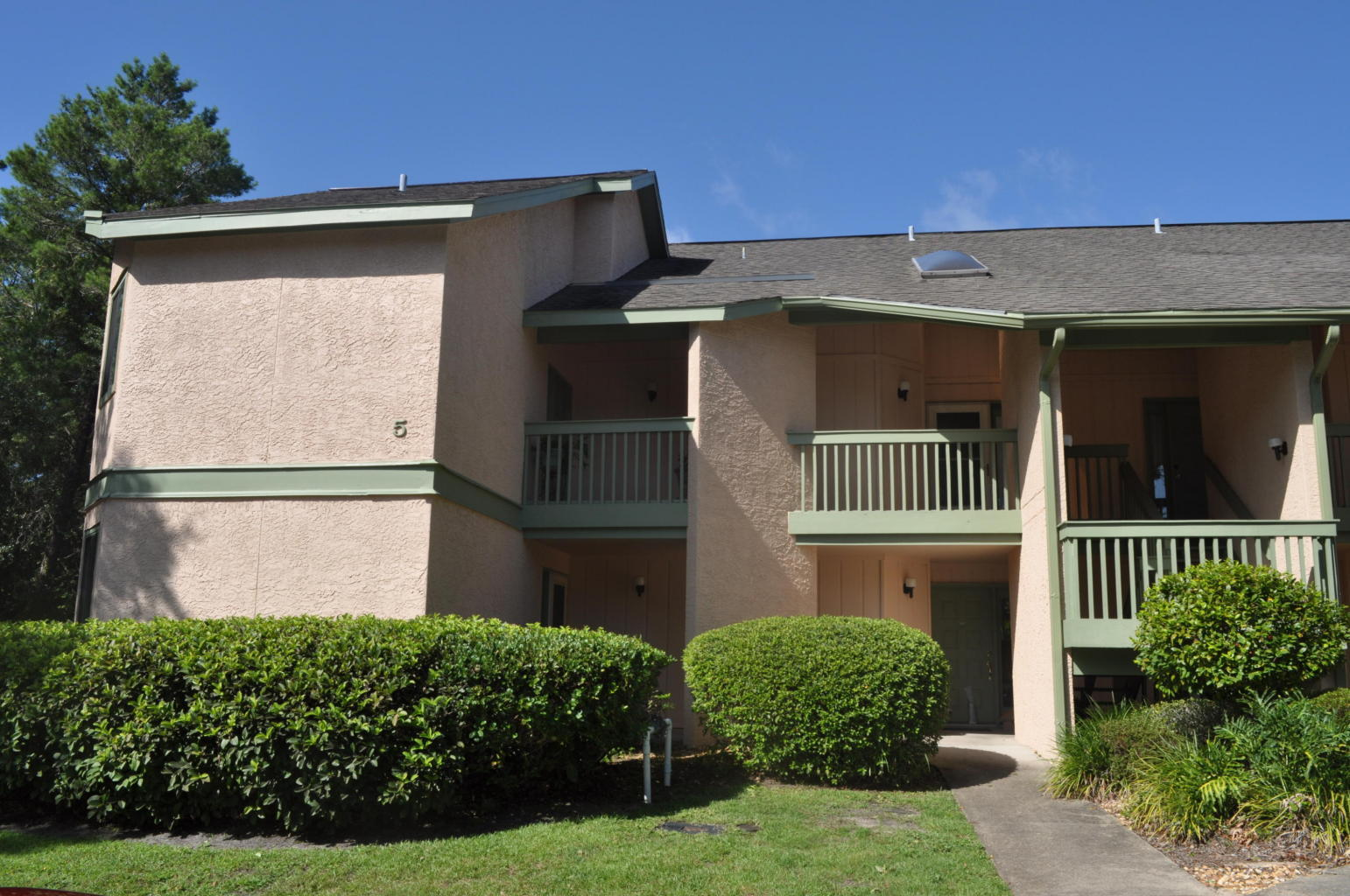 Photo of home for sale at 55 Bay, Niceville FL