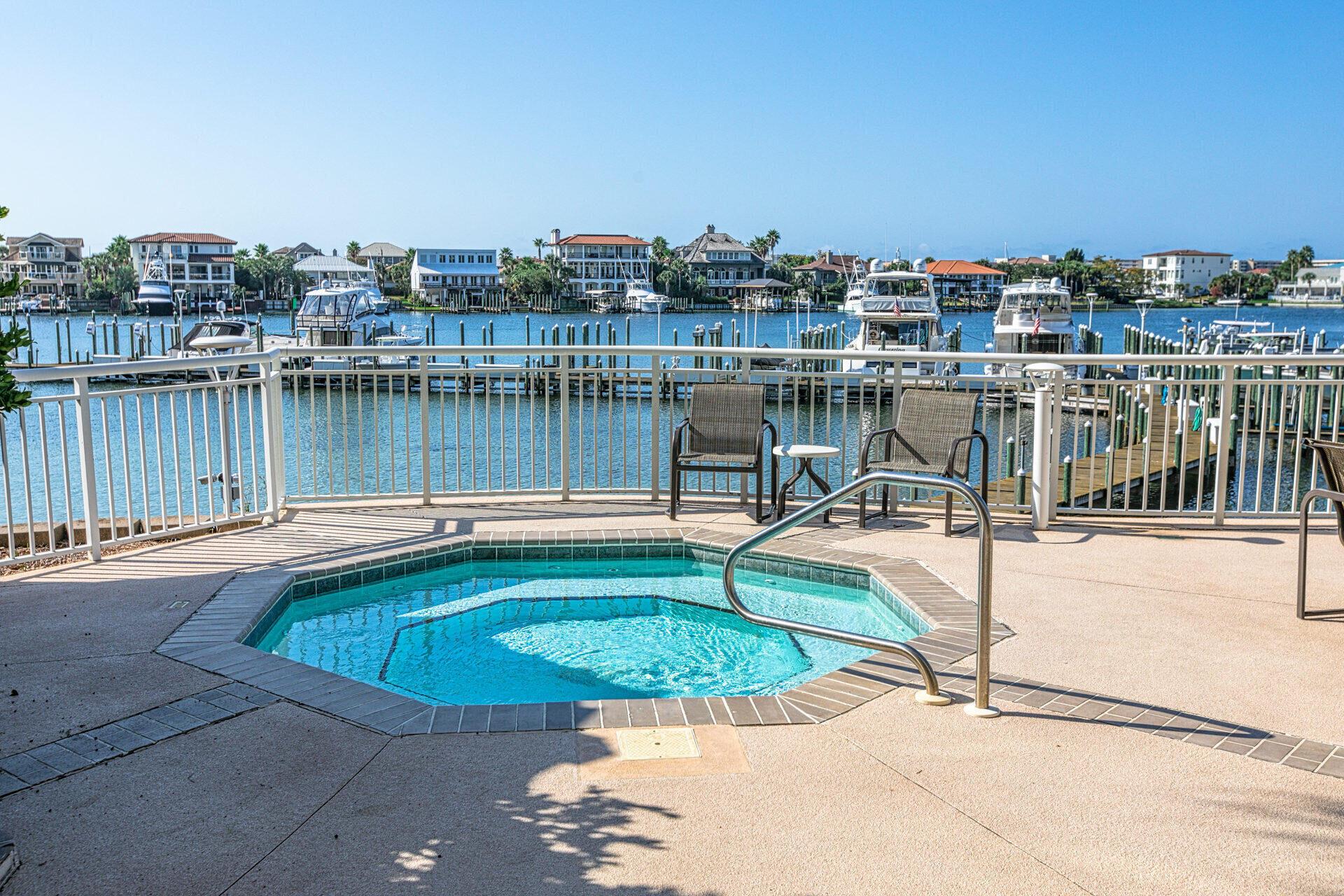 Photo of home for sale at 662 Harbor, Destin FL