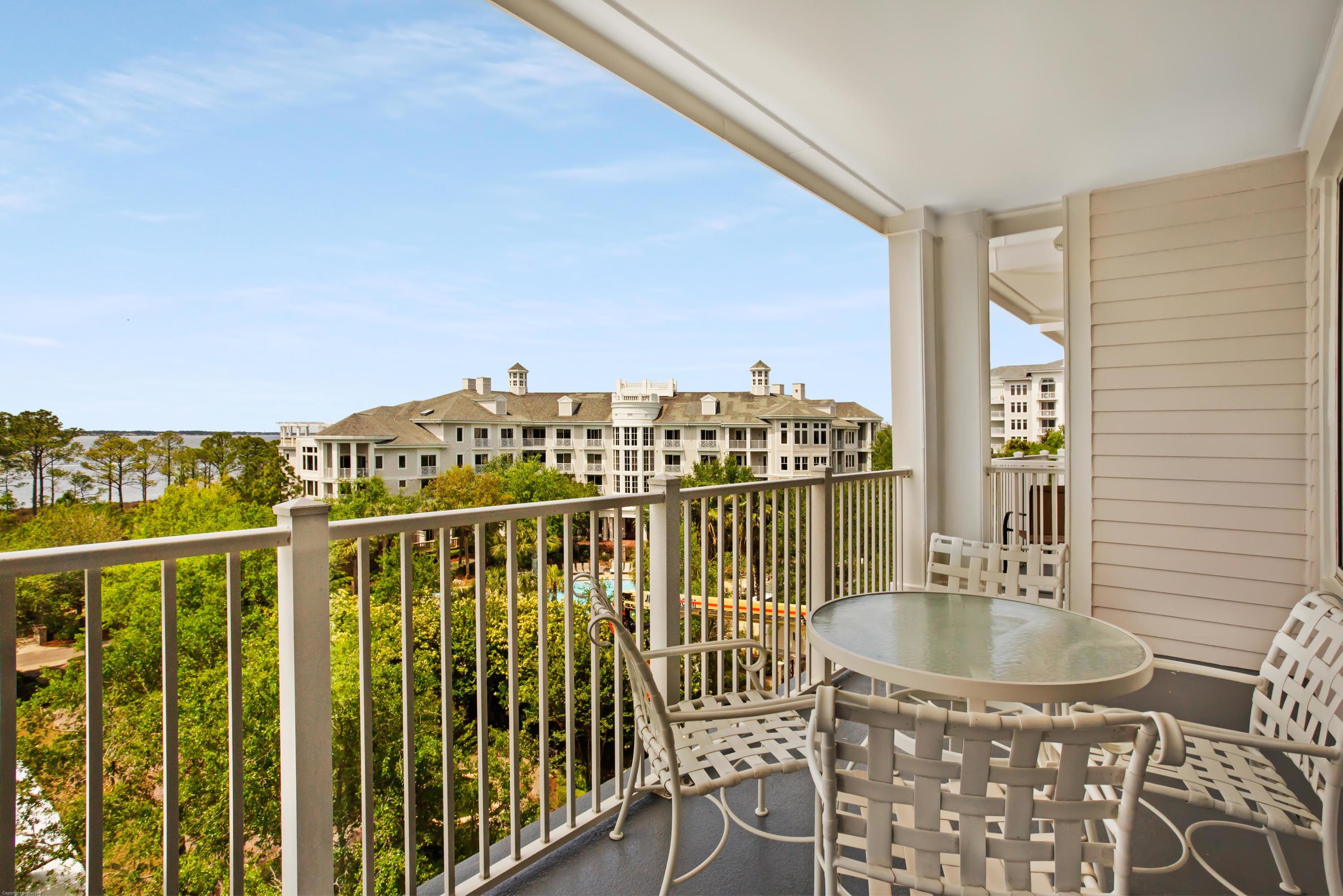 A 2 Bedroom 3 Bedroom Grand Sandestin Condominium