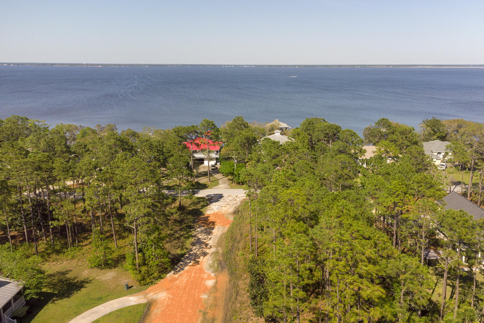 Search all Santa Rosa Beach real estate listings and nearby MLS properties E869470