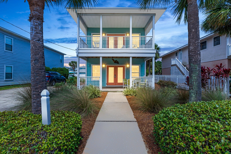 A 4 Bedroom 4 Bedroom Crystal Beach Home