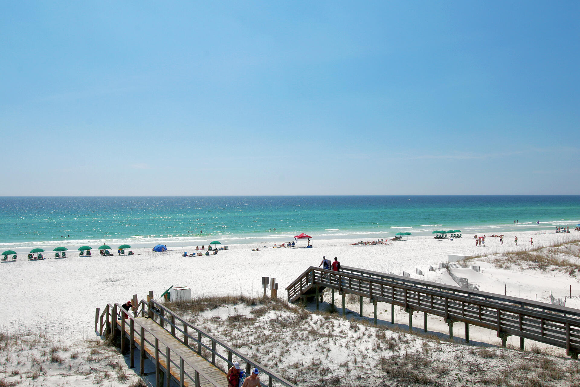 Search all Miramar Beach real estate listings and nearby MLS properties E880826