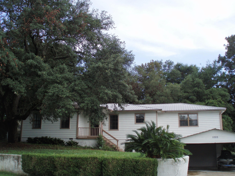 A 3 Bedroom 2 Bedroom Niceville Rental