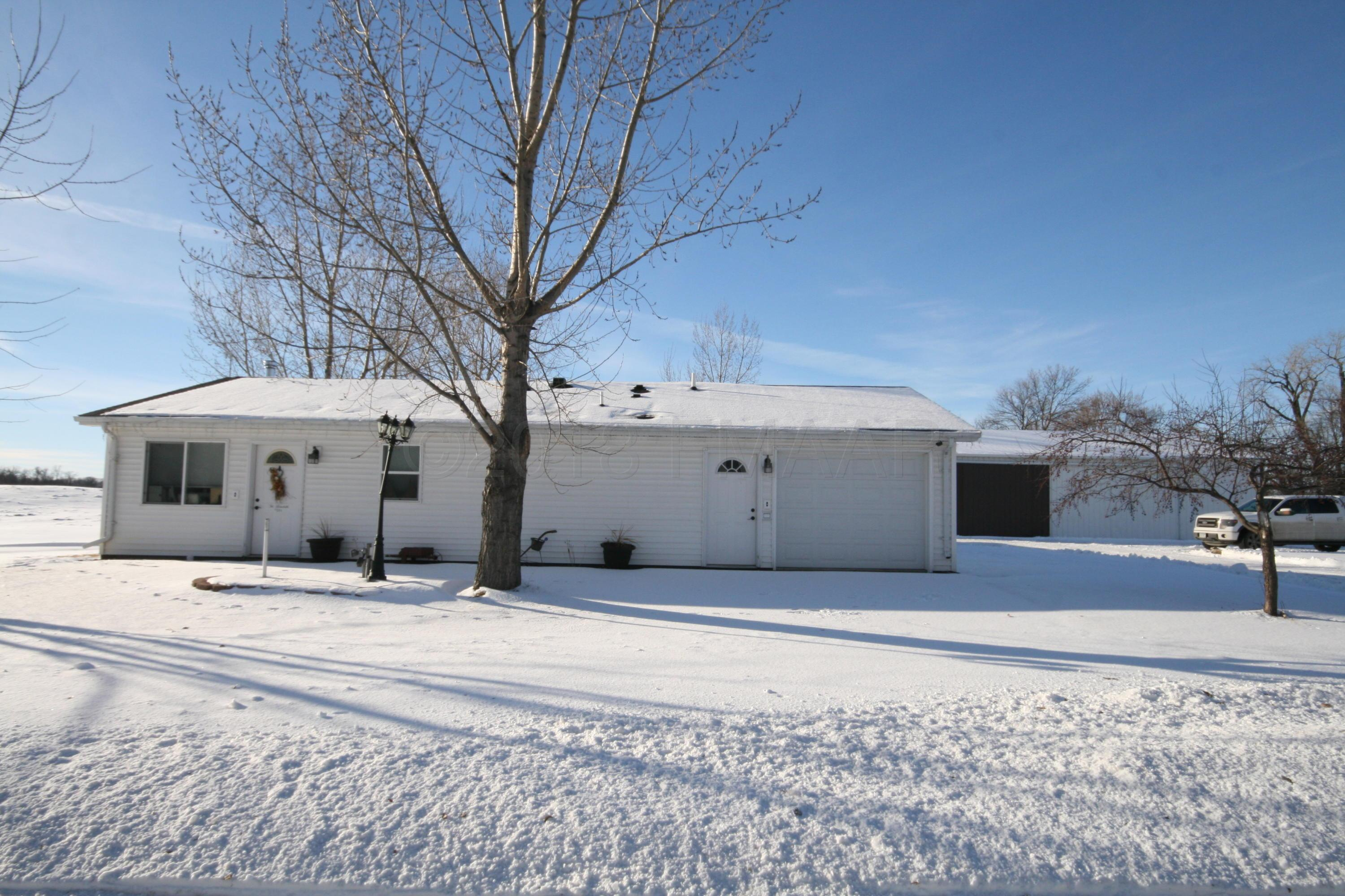 Photo of home for sale at 531 3RD Avenue W Avenue W, Halstad MN