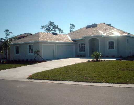 490 NW SUN FLOWER Place, Jensen Beach, FL 34957