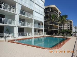 Condominio por un Alquiler en 4200 S Ocean Boulevard 4200 S Ocean Boulevard Palm Beach, Florida 33480 Estados Unidos