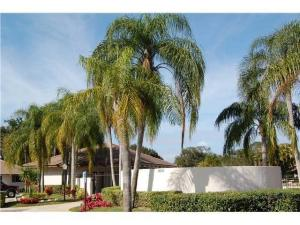 Additional photo for property listing at 222 Club Drive 222 Club Drive Palm Beach Gardens, Florida 33418 United States
