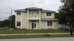 101 Mill Pond Ln Royal-Palm-Beach, FL 33411