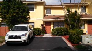 5319 Jog Ln Delray-Beach, FL 33484