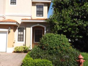 223 Chrystie Circle Delray-Beach, FL 33484