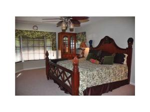 Additional photo for property listing at 511 Sunset Way 511 Sunset Way Juno Beach, Florida 33408 États-Unis