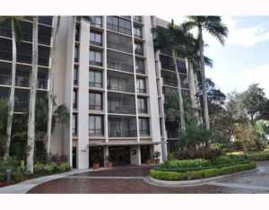 7754  Lakeside Boulevard 436 For Sale 10105662, FL